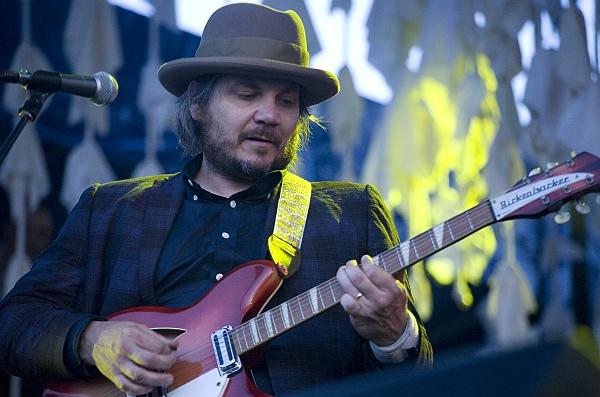 Jeff Tweedy (Wilco) live @ Newport Folk Festival, 27/07/12 (Foto: flickr / wfuv - Laura Fedele / CC-by-nc-sa)