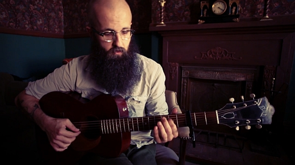"Screenshot: William Fitzsimmons - ""Sister"""