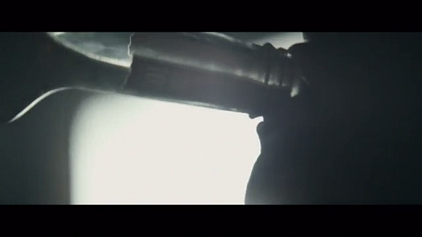 "Screenshot: James Vincent McMorrow - ""Red Dust"""
